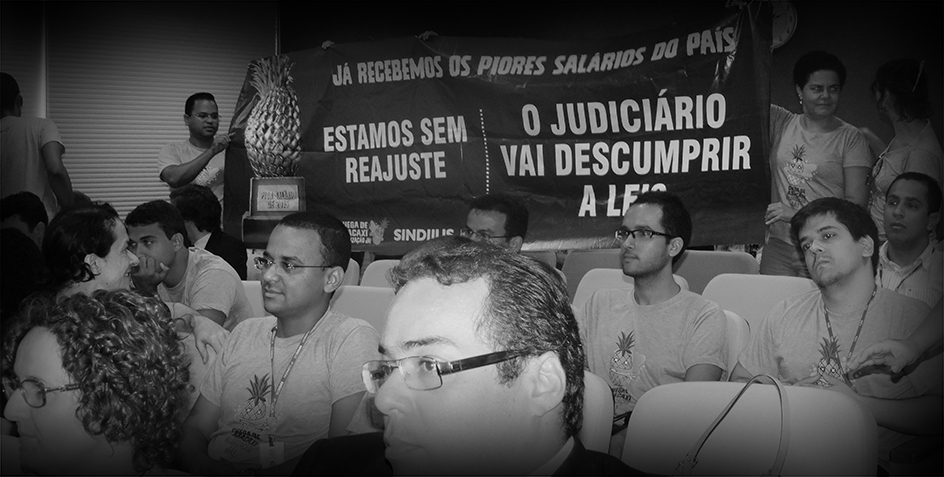 16.12.2015 Servidores do TJSE ocupam o Pleno